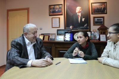 Öğrenciler, Başkan YILMAZ ile Röportaj Yaptı