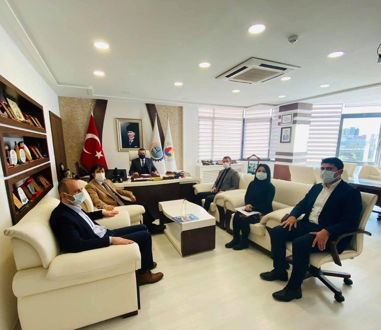 Prof. Dr. Selahattin Kaynak ÇTB ve ÇTSO' yu Ziyaret Etti